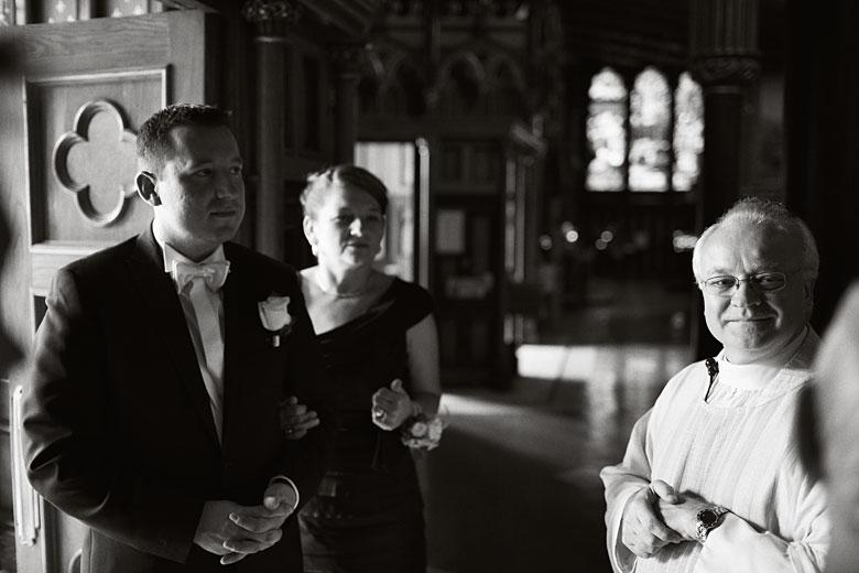wedding at Basilique Notre-Dame de Montréal