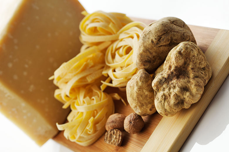white truffle, cheese, pasta. food photography for bloggers in Montreal