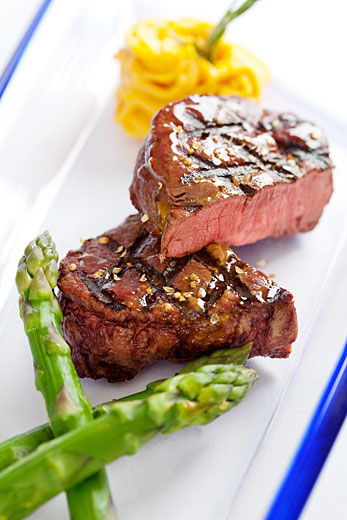 grilled steak presentation, steak photography