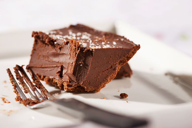 chocolate cake photography