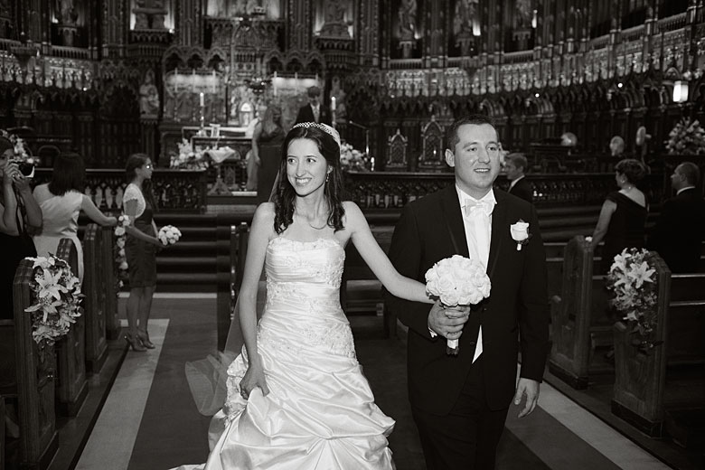 Montreal wedding photography by Montreal Photographer Vadim Daniel at Notre-Dame Basilica of Montréal
