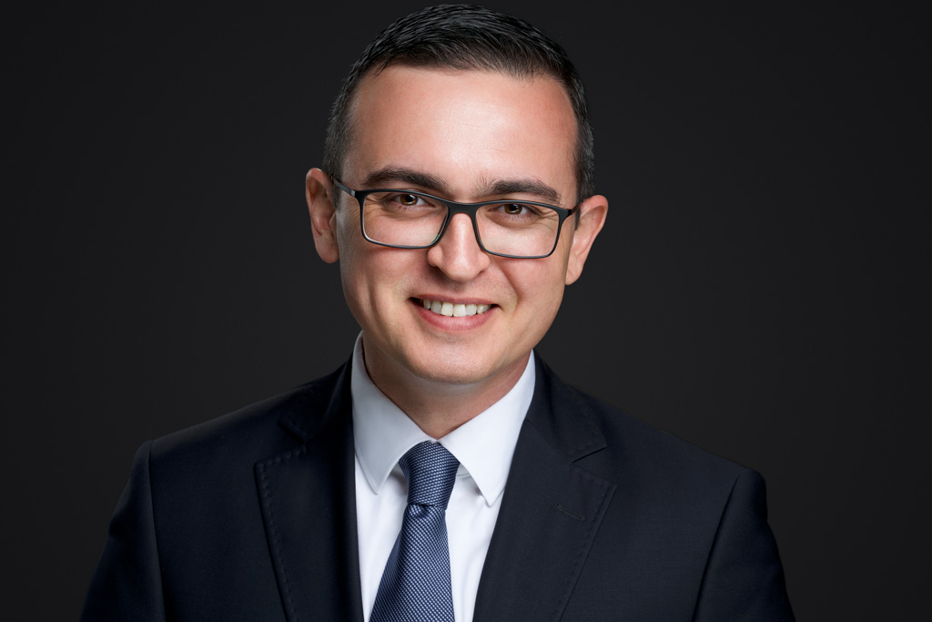 business headshot photography in Toronto and Montreal